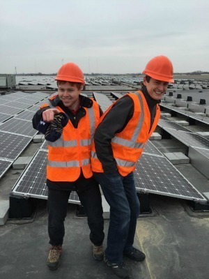 Student Chris Genco tours the rooftop of a 122kW install